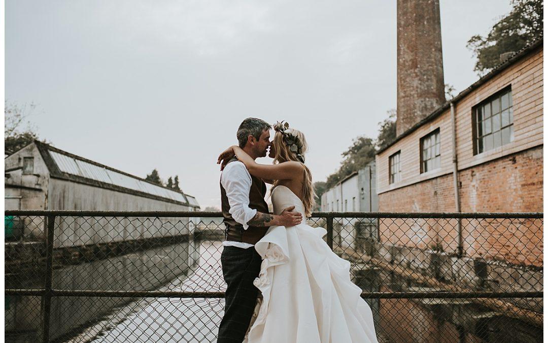 Summer wedding at The Millhouse// Laura + David
